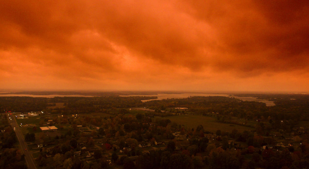 This is an accurate representation of the sky before a storm rolled through southern Illinois. The sky turned blood orange for nearly 5 minutes. Dramatic Sky Drone  Storm Weather Aerial Aerial View Beauty In Nature Clouds Lake Landscape Nature No People Outdoors Sky Skyporn Storm Cloud Stormy Sunset Sunsets Water
