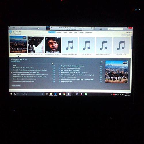 Compton: A Soundtrack by Dr. Dre. Applemusic HP PavilionDM4 BeatsEdition Windows10 .