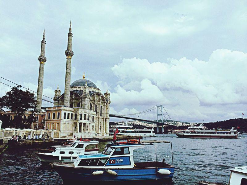Ortaköy Cami Boğaziçi Boğaz Köprüsü