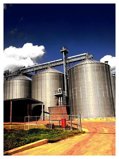 Urban Art Grain Tank Silos Industry Industrial Landscapes EyeEm Best Shots Urban Sky And Clouds Corn