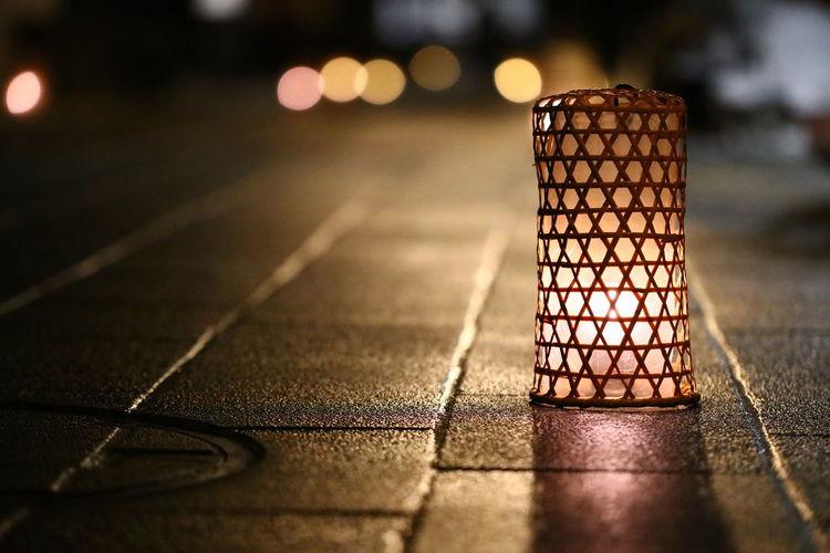 長野市善光寺の灯明まつりがスタート😆ライトアップやってるよ👍でも今日は撮ってない(笑) Focus On Foreground Night Illuminated Close-up No People Outdoors Nature Day 善光寺 (zenko-ji Temple) 一目惚れんず Mobile Conversations