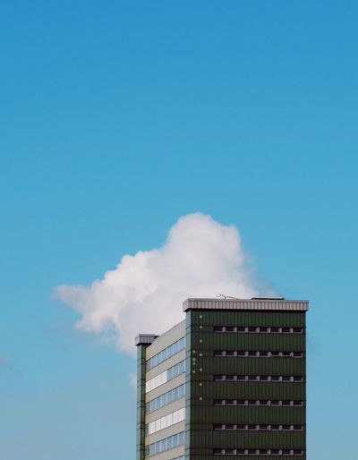 The unnatural cloud series. During a boat trip around the hamburg harbour area I captured nature made and man made objekts in front of the same artifitial cloud exhausted by a plant from different positions and angles. it almost looks beautiful if you dont read this text ;) The Still Life Photographer - 2018 EyeEm Awards Architecture Building Exterior Built Structure Cloud - Sky Copy Space Emitting Environmental Issues Factory Industry No People Pollution Sky Smoke - Physical Structure Smoke Stack The Architect - 2018 EyeEm Awards #urbanana: The Urban Playground A New Perspective On Life Capture Tomorrow