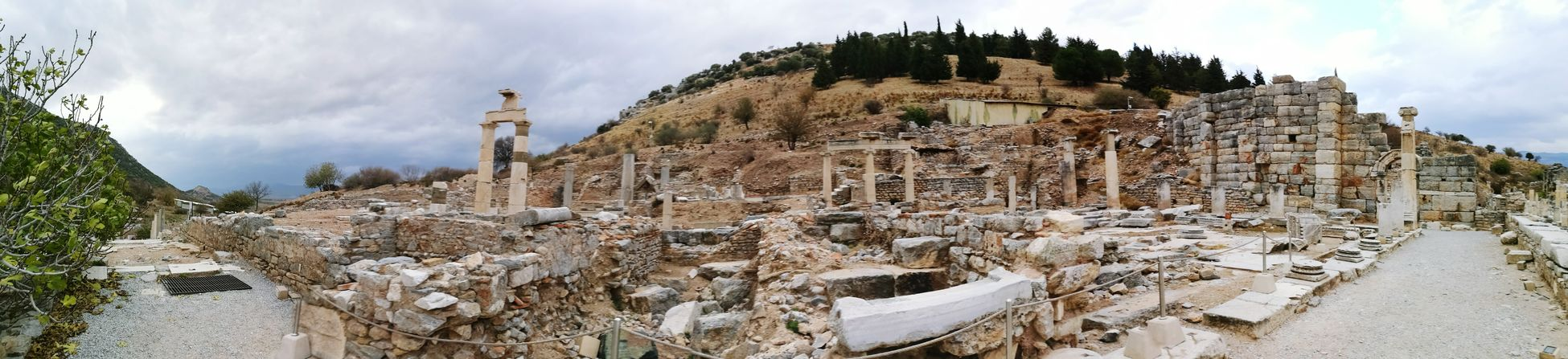 Ephesus Ephesus Ruins Ephesus - Turkey Roman History Greek History Helenistik