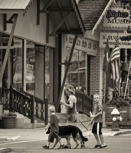 Everyday Lives Family time... Blackandwhite Life Streetphoto_bw Sugarcreek Ohio Ohiogram