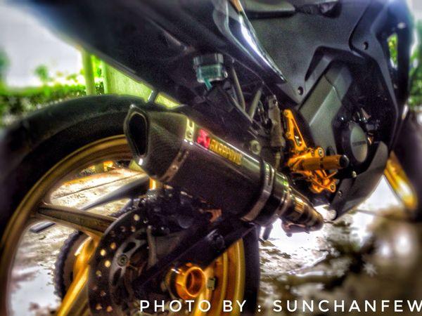 Cbr 150 Exhaust Akrapovic Cbr Cbr150 Motorcycle