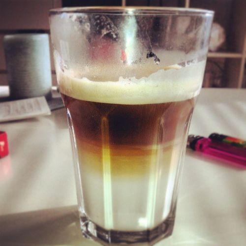 #latte #senseo #feierabend #meicamachtdaswürstchen #k.o #instacoffee #coffe #coffeismyblood #coffeeinmyvein #sun Feierabend Sun Coffe K Latte Instacoffee Senseo Coffeismyblood Coffeeinmyvein Meicamachtdaswürstchen