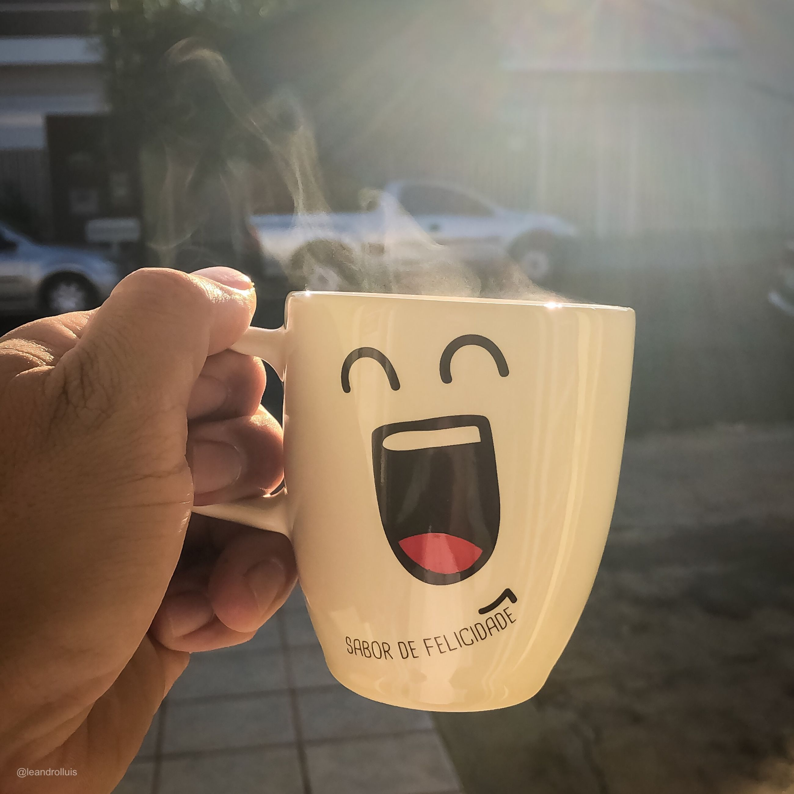 human hand, hand, one person, human body part, holding, real people, lifestyles, cup, focus on foreground, unrecognizable person, communication, day, mug, finger, body part, social issues, human finger, leisure activity, close-up, outdoors, message