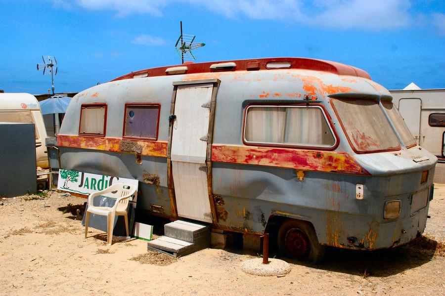 Camper Canary Islands Damaged Faro De Jandía Fuerteventura Kanaren Kanarische Inseln Rusty Rusty Motor Home Trailer Park Wohnmobil