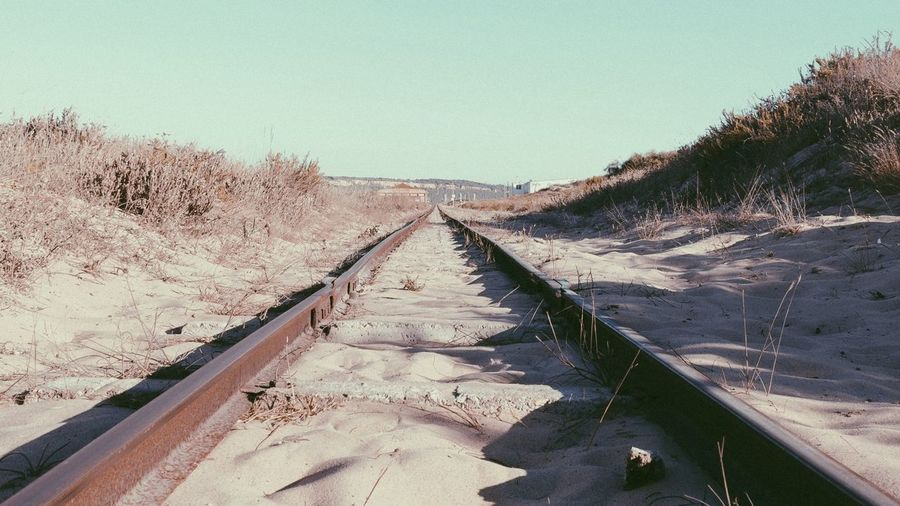 Railroad towards infinity | The EyeEm Facebook Cover Challenge | Vanishing Point | Landscape | Capturing Freedom