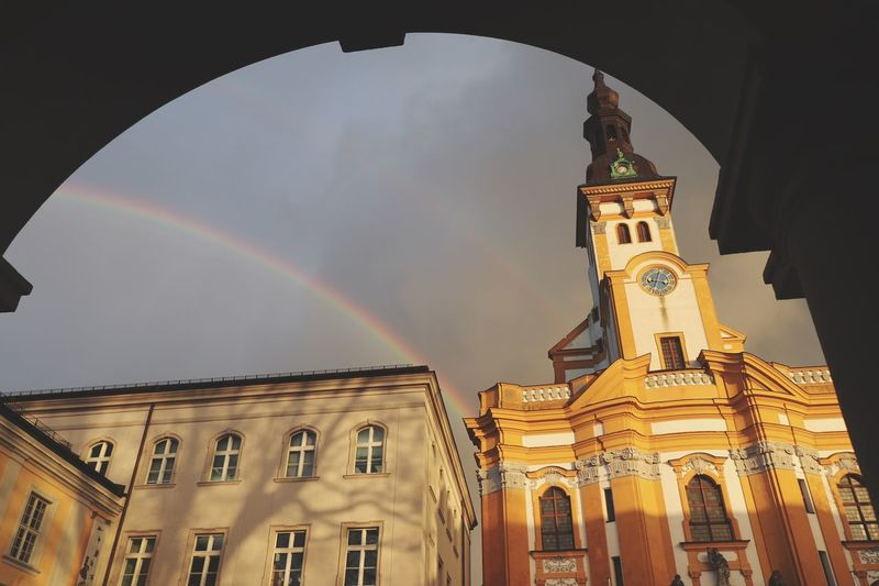 Regenbogen Canon Eos 200d Canon Kloster Neuzelle EyeEm Selects Built Structure Architecture Building Exterior Building Sky Low Angle View Travel Destinations Rainbow Outdoors No People EyeEmNewHere