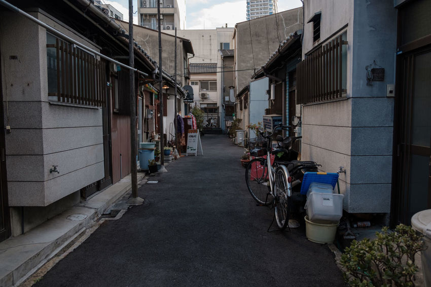 Cityscape FUJIFILM X-T2 Japan Japan Photography OSAKA Alley Alleyway Architecture Building Exterior Built Structure Day Fuji Fujifilm Fujifilm_xseries Outdoors Street Street Photography Streetphotography X-t2 中崎町 大阪