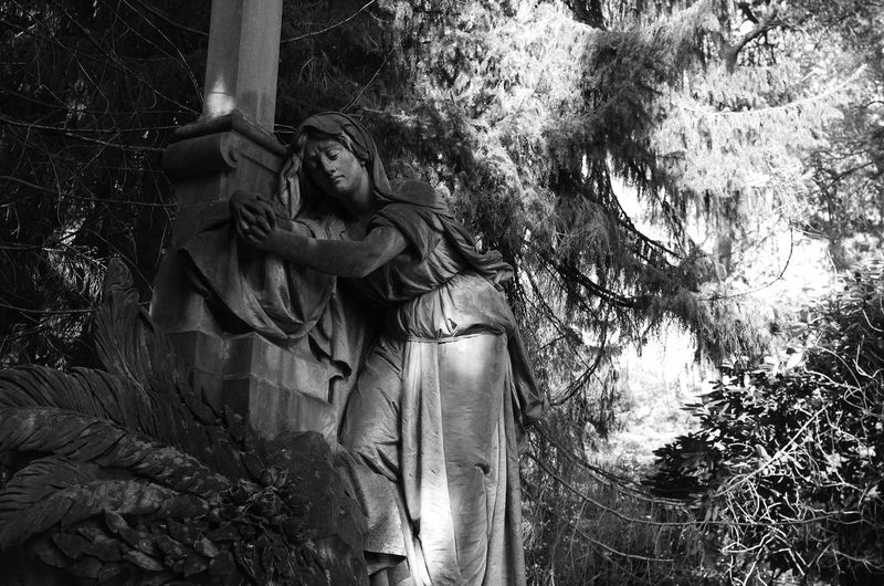 walk across the cemetery Statue Tranquility Sculpture Sculpture Lover Walk Across The Cemetery Urbanphotography Religion Sadness Melancholic Cemetery Photography Cemetery Walks Black And White Photography Eyemphotography Eyem Collection Statue Photography Statues And Monuments Cemetery_shots Black And White Collection  Love To Take Photos EyeEm Best Shots - Black + White