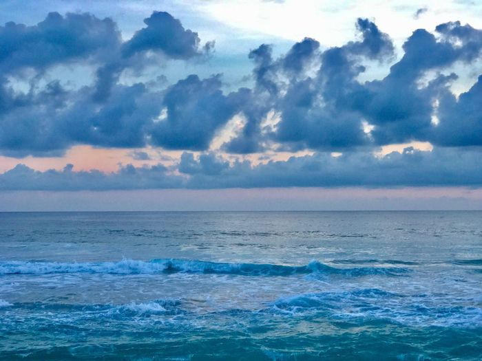 Sea Scenics Beauty In Nature Tranquility Nature Water Sky Tranquil Scene Cloud - Sky Sunset