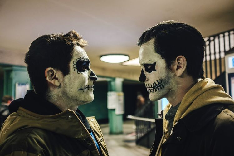 Tension between scary faces Two People Real People Mid Adult Mid Adult Men Side View Togetherness Men Portrait Lifestyles Halloween Halloween Costumes Makeup Tension Two Men Costume Couple - Relationship Party Time Party Enjoying Life Lifestyle Profile Young Adult Young Men Scary Face Staring