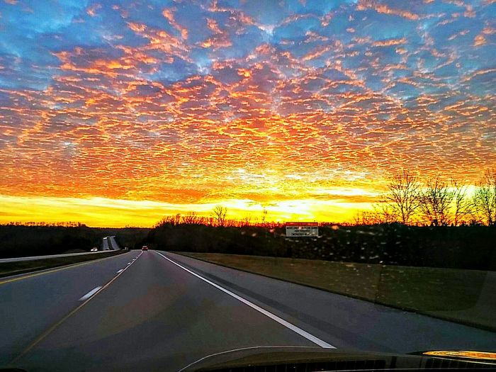 Mein Automoment Driving Through The Hills Driving In My Car Driving Into The Sunset Clouds And Sky Clouds Colorful Cloud And Sky Vibrant Sunset And Clouds  Sunset Kentucky  Kentucky Sunset Kentucky Usa Highway Freeway Travel Showcase June The Colour Of Life