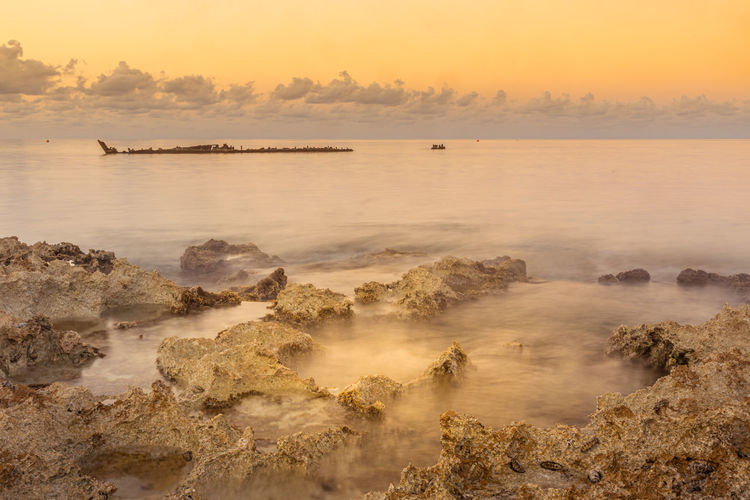 Shipwreck of the gamma on the cayman islands at sunrise