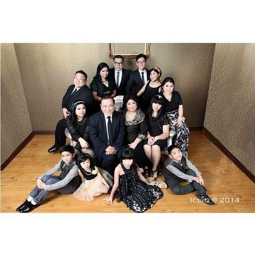 Glamour gold black with The Tjokro Family Photoshoot Icliq Indoor Studio Squaready