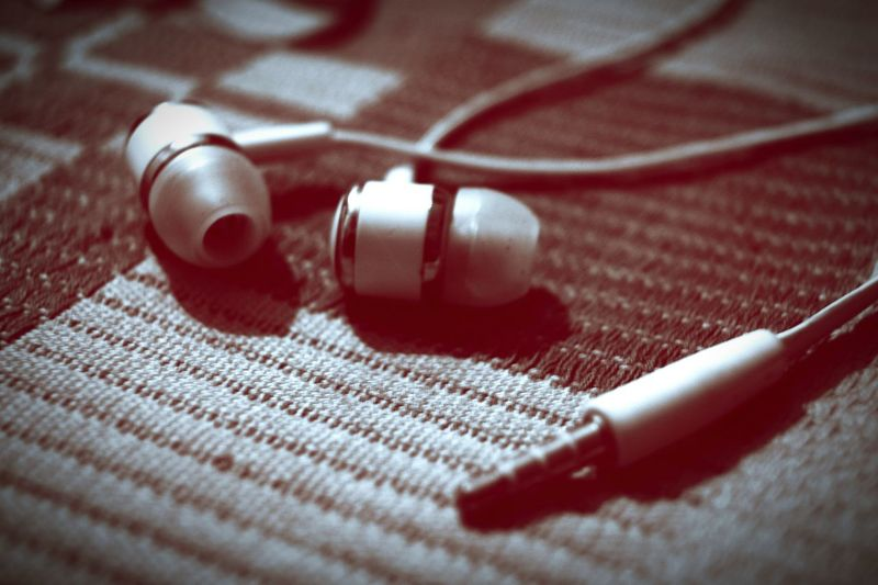 Creative Photography Taking Photos SonyAlpha57 My New Earphones :3 Listening To Music