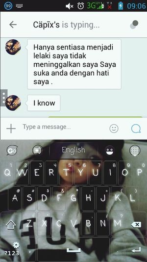 When My Girlfriend <3  try to speak Malay ..instead of using dictonary,,she is using Google Translate ..but woth a try Syg ..im melt for that
