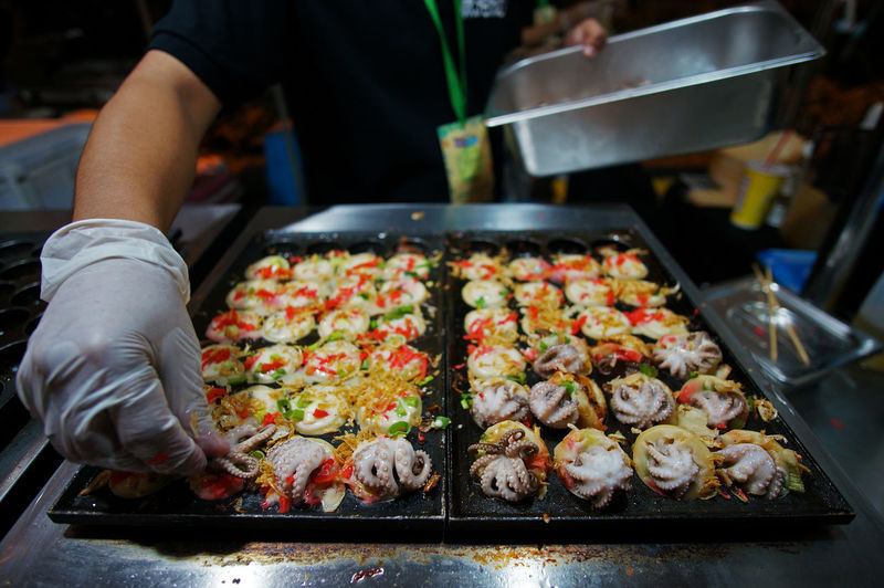 Japanese Food Tray Street Food Meat Preparing Food Human Hand Food Squid Takoyaki Baby Octopus Philippines