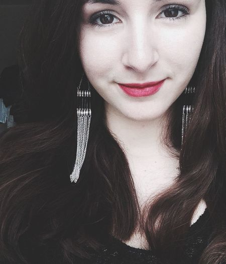 Happy Halloween everyone ! Halloween Makeup Morticia Pale Skin Matte Lipstick Redlips Red Velvet