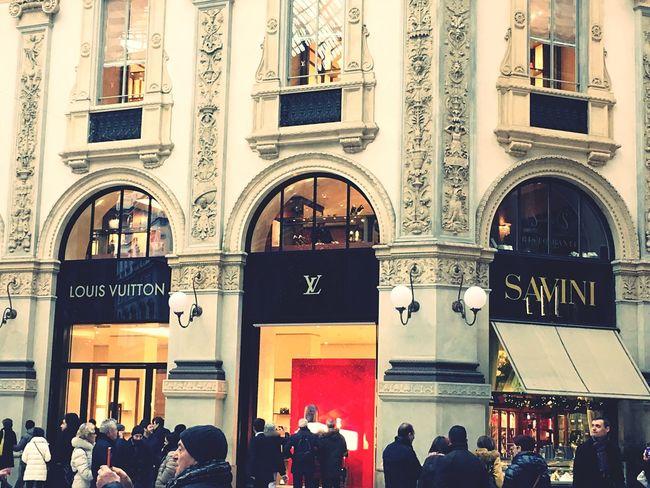 Shopping ♡ EyeEm Louis #vuitton #nike #Cartier Loveitaly Nice Day Luxury