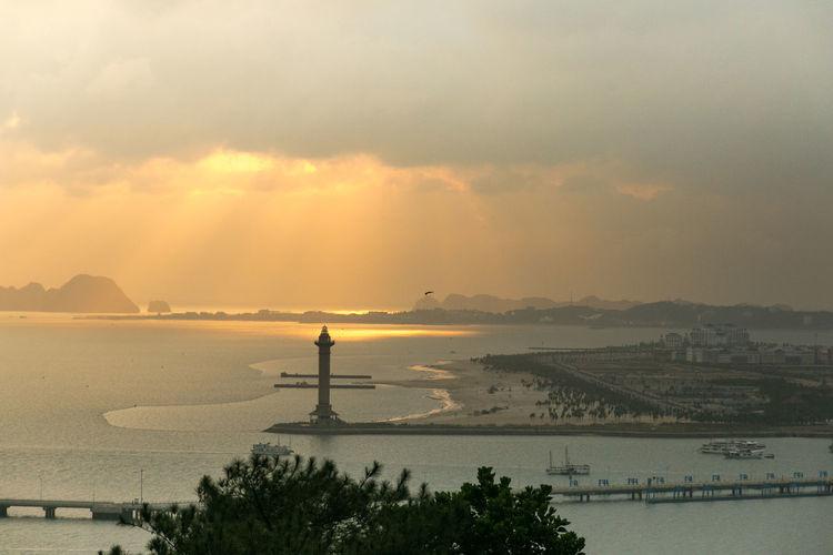 light tower of