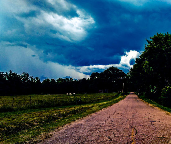 Country roads Hanging Out Taking Photos Check This Out Hello World Relaxing Enjoying Life Sky And Clouds Earth Birmingham Magic City Dreams And Dreams Fine Art Photography Beautiful Birmingham, AL Moody Blues Hidden Places Urbanphotography Enjoying Life Relaxing