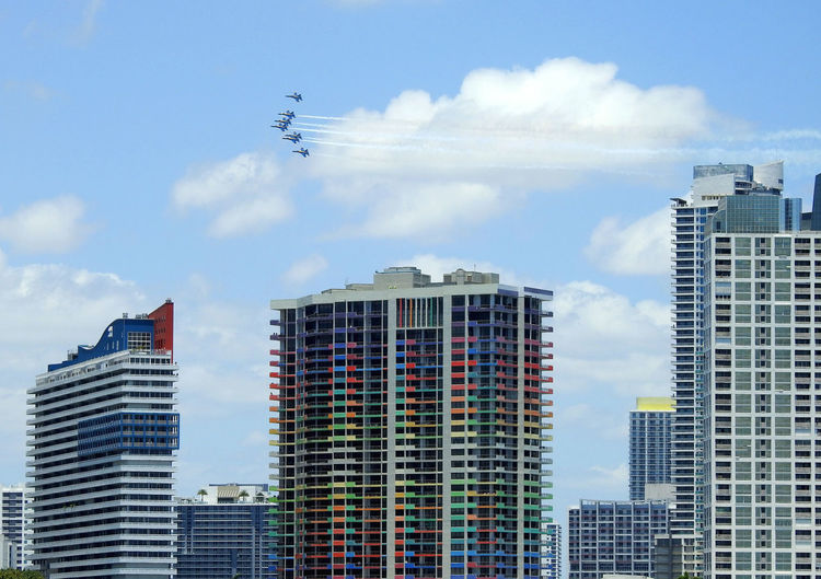 Miami flybys for the pandemic hospital workers