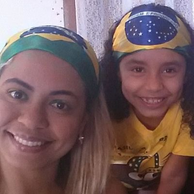 Irmã e sobrinha lindas