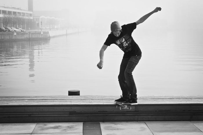 Old but gold! BS Tailslide by Jasper in all the fog! Skateboarding Eye4photography  Photography Follow