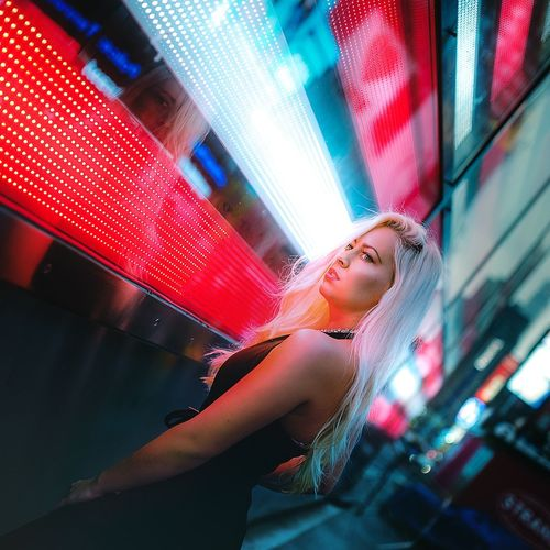 w/ Janine at the Times Square in New York City One Woman Only Young Adult Beautiful Woman Nightlife Architecture Streetphotography The Week Of Eyeem EyeEm Best Shots Photooftheday New York ❤ New York City EyeEm Best Edits EyeEm Best Shots - People + Portrait City TimesSquare Times Square NYC Times Square Vacations Travel America USA Nightphotography Portraitist - 2016 Eyeem Awards Eyeem Photography Fashion