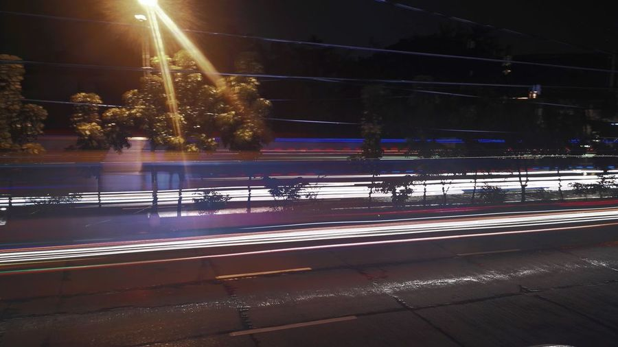 Streetlights Lightpainting Huawei Light Trail Night Long Exposure Motion Illuminated Speed Blurred Motion Road Transportation Street City Life Outdoors Tail Light