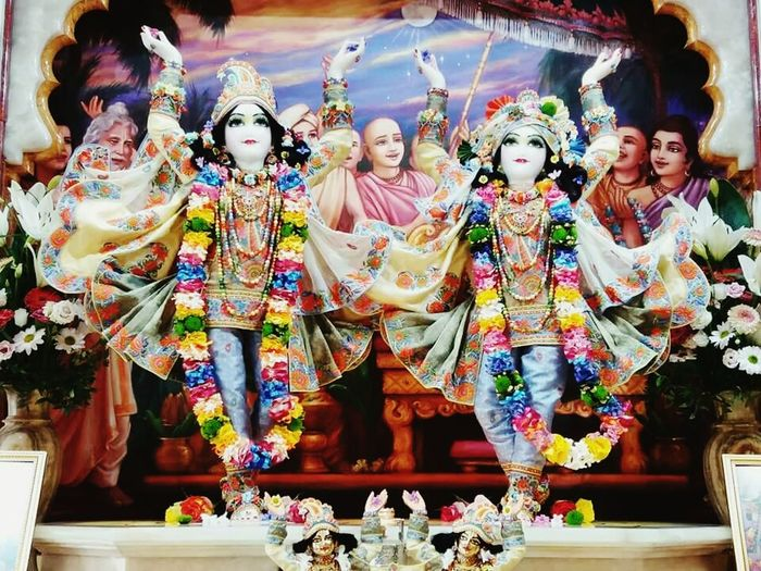 Dayal Nitai - Vijay Gauranga, Budapest Budapest Temple EyeEmNewHere Altar Smiling City