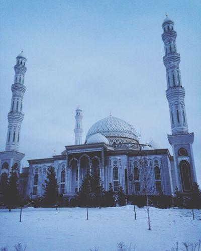 Praying Travel Traveler Cold Days Winter Astana Kz Kazakhstan Cold Hello World Taking Photos