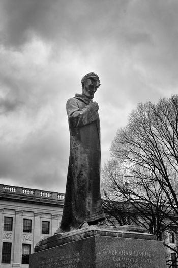 Abraham Lincoln Architecture Art And Craft Built Structure Cloud - Sky Cloudy Creativity Day History Human Representation Low Angle View Memories Monument No People Outdoors Pedestal President Of The United States Of America Sculpture Sky Statue Tall - High The Past Travel Destinations