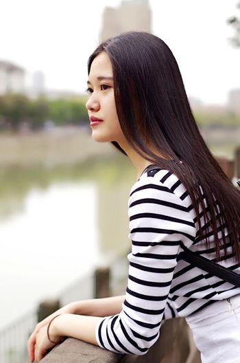 Chinese Girl China Chengdu Beautiful Girl Check This Out Taking Photos Sichuan Sichuan University