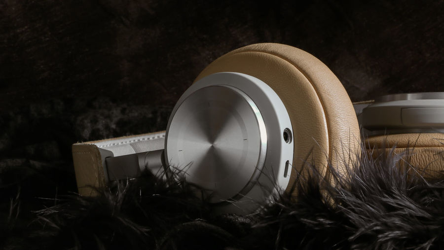 Wireless Bluetooth Hifi stereo music headphones Bang & Olufsen DJ Headphones Electronic Rich Sound Amplifier Bass Disc Jockey Earphone Equipment Headset Lifestyles Luxury Musical Instrument Professional Stereo Technology