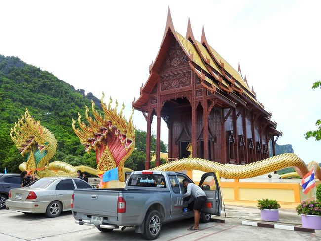Buddha Ao Noi Real Thailand Religion Tample Summer ☀ PrachuapKhiriKhan Let's Go. Together. Prachuap Khiri Khan EyeEm Selects EyeEmNewHere Thailand The Gulf Of Siam Thai Bay Mountain Summertime