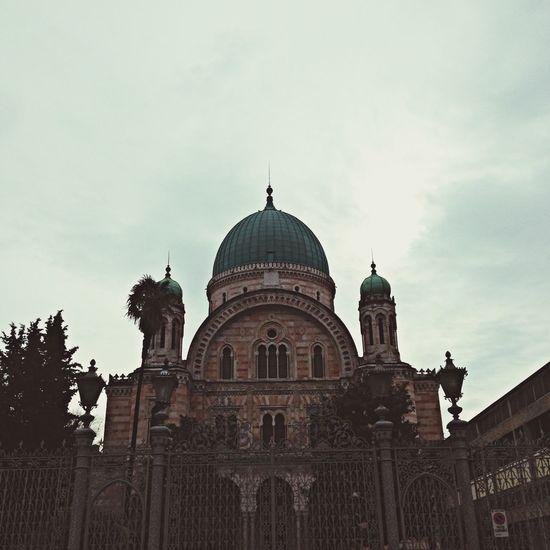 Synagogue Architecture Profile