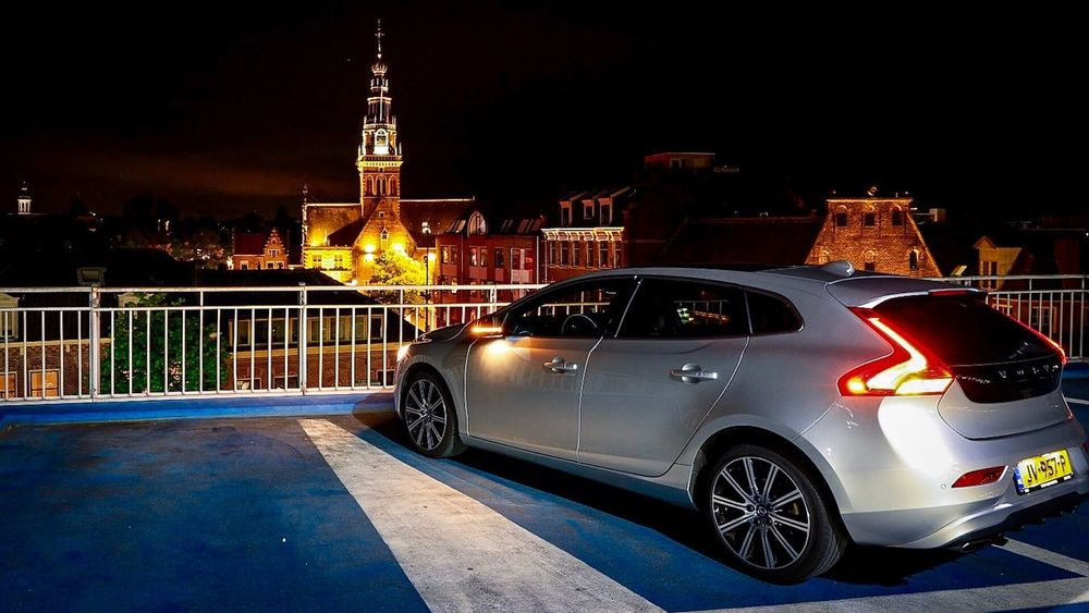 Hello World Check This Out Building Exterior Night Architecture Built Structure Eye4photography  EyeEm Gallery EyeEm Best Shots EyeEmBestPics Architecture Nightphotography Volvo Volvo V40 What Do You Think?