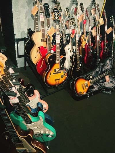 No People Music Guitar Musical Instrument Electric Guitar Musical Instrument String String Instrument Arts Culture And Entertainment Bass Guitar Bass Instrument Fretboard Acoustic Guitar High Angle View Indoors  Rock Music Electricity  Acoustic Music Modern Rock