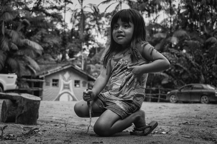 Retratos Guaranis. Indian Indian Culture  Nature Rio Silveira Indian Reservation Aldeia Guarani Black And White Childhood Curumim Day Elementary Age Focus On Foreground Guarani Indian Guarani Village Guarani Woman Happiness Indigenous Reservation Indigenous Woman Indigenous Youth Lifestyles One Person People Portrait Praia De Boraceia Real People Young Guarani