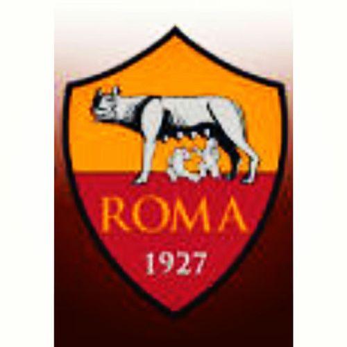 Roma Roma Roma, core de sta città, unico grande amore de tanta e tanta gente che fai sospirà. Roma Roma Roma, lassace cantà, da sta voce nasce un coro, so 100.000 voci c'hai fatto 'nnamorà! Roma Roma bella, t'ho dipinta io: gialla come er sole, rossa come 'r core mio. Roma Roma mia, nun te fa ncantà, tu sei nata grande e grande hai da restà! ROMA ROMA ROMA CORE DE STA CITTÀ, UNICO GRANNE AMORE DE TANTA E TANTA GENTE C'HAI FATTO 'NNAMORÀ 22 Luglio 1927, As Roma. +88 ❤💛 Asroma 22luglio1927 Unicograndeamore Romastoria laziogeografia happybday altrimillecosì football soccer unicafede cuoregiallorosso romacapitale romavecchiemaniere romacapoccia venditti happy strayheart followfortags followforfollow likeforlike likesfortags instamoments goodtime memories grazieroma cesolouncapitano 10 totti notottinoselfie