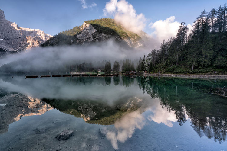 Lago di braies - dolomites