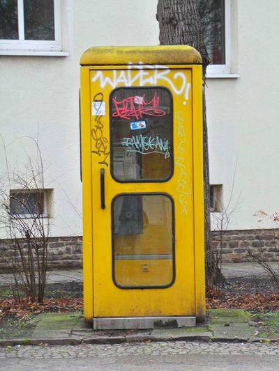 Communication Gelb Germany Leipzig Phone Phone Booth Phone Box Telefon Telefonzelle Telephone Booth Telephone Box Yellow