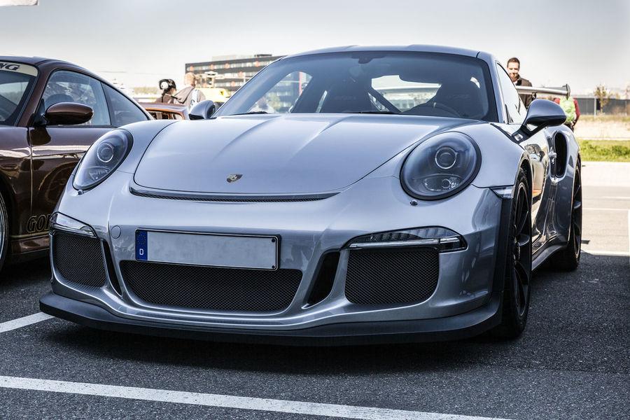 Car Mode Of Transport Motorworld Porsche GT3 Race Car Saison Saisonstart Speedcar