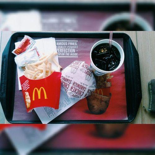 Lunch Everyone. ;) Hungryyyyyyyyy . 😋😋😋😋😋