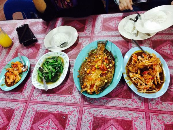 Dinner Time Cherating Seafood Madness i wish i can eat crab everyweek!!