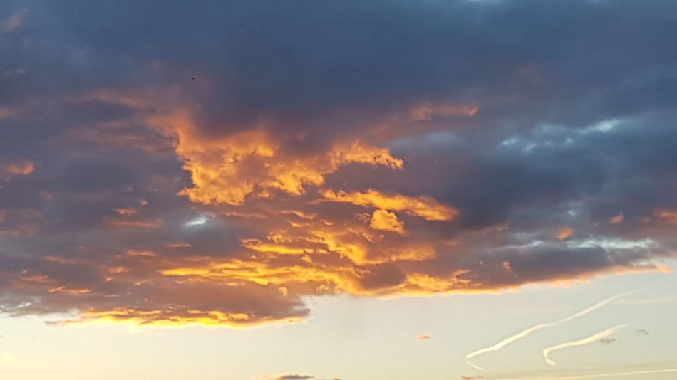Sunset Beauty Backgrounds Space Planet Earth Social Issues Awe Blue Mountain Dramatic Sky Lightning Sky Only Meteorology Heaven Cumulus Cloud